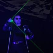 Laser Jongleur